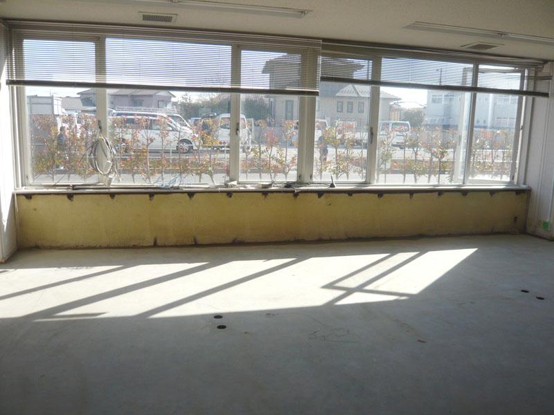 床もキレイになり指定された部分だけ解体します。